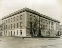 Thumbnail of Administration Building (Bricker Hall), The Ohio State University: Exterior view