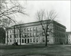 Thumbnail of Administration Building (Bricker Hall), The Ohio State University: Exterior view, 1925