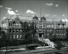 Thumbnail of Botany and Zoology Building, The Ohio State University: Exterior view from east