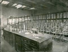 Thumbnail of Chemistry Building No. 2, The Ohio State University: Interior view of classroom