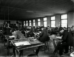 Thumbnail of Hayes Hall, The Ohio State University: Interior view of drawing classroom, 1895