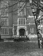Thumbnail of Hamilton Hall, The Ohio State University: Exterior view of entry