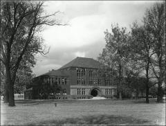 Thumbnail of Hayes Hall, The Ohio State University: Exterior view, 1905