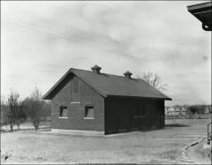 Thumbnail of Isolation Ward, Veterinary Hospital, The Ohio State University: Exterior view