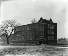 Thumbnail of Starling Loving Hall, The Ohio State University: Exterior view, 1916