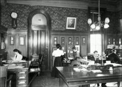 Thumbnail of University Hall (demolished), The Ohio State University: Interior view, 1907
