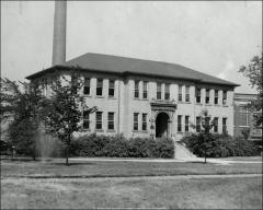 Thumbnail of Neil-17th Building, The Ohio State University: Exterior view, ca. 1940