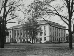 Thumbnail of Thompson Memorial Library, The Ohio State University: Exterior view from Oval