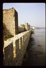Thumbnail of Wall along the Danube