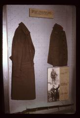 Thumbnail of WWI military uniform