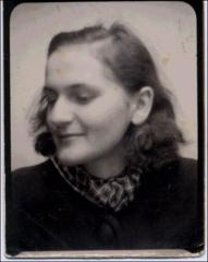 Thumbnail of Photograph: 1944, Munich, Germany, Alexandra Klaudia Melnyk (nee Alexandra Klaudia Yezerska) at 18.