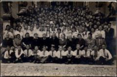 Thumbnail of Photograph: Przemysl Teacher's College group picture, 1943-1944, Teofil Ostapiuk