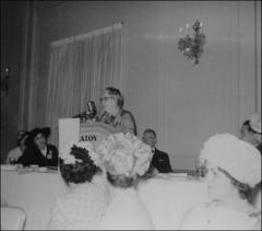 Thumbnail of Clara Sproat Glenn gives a speech to the Ohio Federation of Women's Clubs