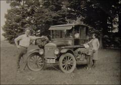 Thumbnail of Ralph and Florence Sproat Thompson, 1925