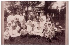 Thumbnail of 1907 Laughlin family reunion