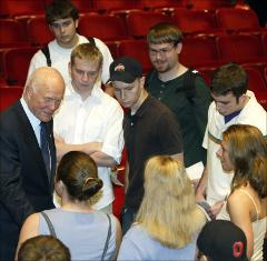 Thumbnail of John Glenn with students of The Ohio State University