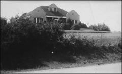 Thumbnail of Annie Castor Glenn's childhood home, circa 1940s