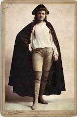 Thumbnail of Agnes Huntington