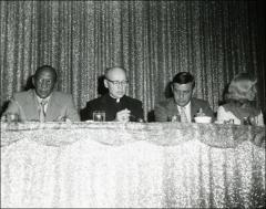 Thumbnail of Jesse Owens eats lunch at the NCAA Honors Luncheon, 1974
