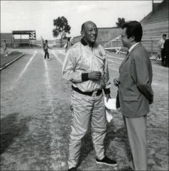 Thumbnail of Jesse Owens talks with Juan Ricart, 1970s